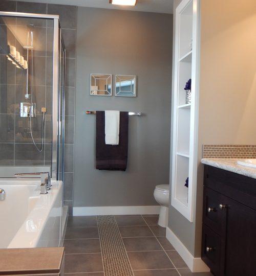 bathroom-881124_1280